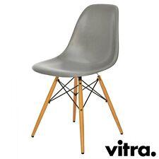 vitra Eames Fiberglass Chair DSW - Die Neue Generation von 2018