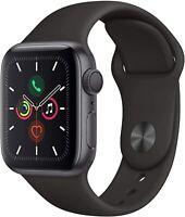 Apple Watch Series 5 40mm Boîtier en aluminium gris sidéral avec Bracelet Noir