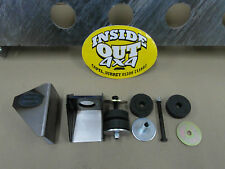 RANGE ROVER / DISCOVERY BODY MOUNTS WELD ON BRACKET AND RUBBER MOUNT 1 only