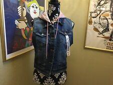 1511 NWT Jr. Women's Wallflower Dreamer Denim Hooded Vest Sz L