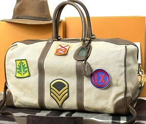 GUCCI Italy 💯% Authentic Vintage Safari Scout Duffle Travel Bag With Strap