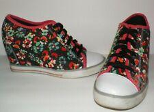 "Woman's 8 Kohl's SO Hidden Wedge Floral Print Canvas Sneakers 3"" Heel"