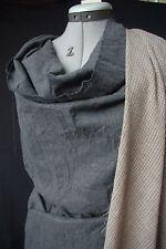 Lilith. Magnifique flanelle coton laine gris anthracite chiné à effet froissé