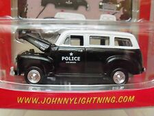 JOHNNY LIGHTNING - WORKING CLASS - (1950) '50 CHEVROLET SUBURBAN - POLICE