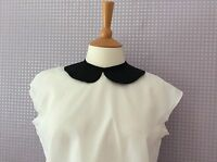 Vintage black and white Peter Pan collar button back cap sleeve blouse