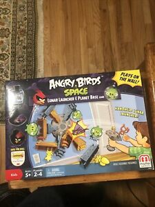 NEW Angry Birds Space Lunar Launcher & Planet Base Game by Mattel 2013