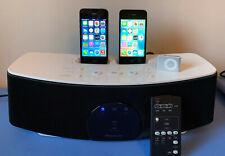 LOT APPLE : iPhone 4 16 Go, iPhone 4S 8 Go, iPod Shuffle, enceinte dock Pioneer