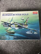 Kit Modelo Academy 1/48 escala Hawker Hunter FGA.9