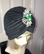 vintage inspired 1920s 1930s style black hat turban one size with vintage brooch