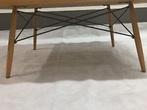 HERMAN MILLER EAMES AuthenticLimited addition anniversary Coffee table