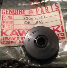 1973-1978 KAWASAKI CLUTCH OIL SEAL KH250 KH400 S1 S2 S3 NOS OEM 92050-040