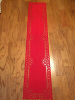 Heritage Lace Rectangular Polyster Red Battenburg Design Runner 14x70 (257)