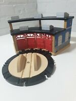 WOODEN ENGINE SHED 4 WAY THOMAS for WOODEN TRAIN SET fits BRIO, Bigjigs, ELC