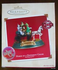 Hallmark Wizard of Oz Horse Of A Different Color Magic Ornament Voice&Light 2002