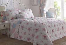 Édredons et couvre-lits bleu avec des motifs Patchwork