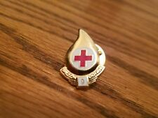 RED CROSS BLOOD DONOR 9 GALLON PIN, New