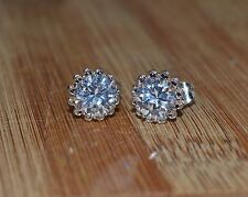 Lovely 18ct/18k White Gold Filled Stud Earrings Made With Swarovski Crystal