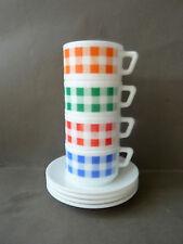 4 tasses à café et sous tasses, Arcopal, décor carreaux, vintage des années 70