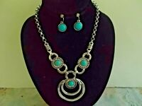 NECKLACE SET IN turquoise beads, silver tone and crystals nice  18 inch adj.