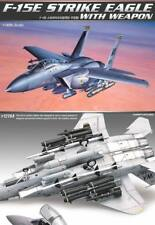 Academy 12264 McDonnell Douglas F-15E Strike Eagle 1/48 con misiles bombas &