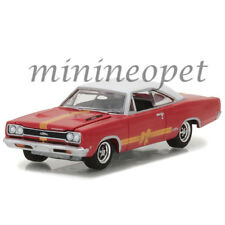GREENLIGHT 37120 C 1968 PLYMOUTH GTX 1/64 RED with WHITE TOP AND GOLD STRIPES