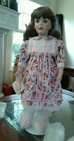 """World Gallery Collectibles Dolls """"SUZANNE"""" Doll by LAURA COBABE No.56/1500"""