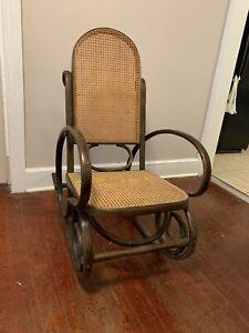 Vintage Bentwood Rocking Chair Rocker Cane Mid Century Modern Thonet STYLE
