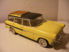 voiture 1/43 eme IXO ALTAYA SIMCA VEDETTE break MARLY Jaune