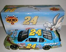 Jeff Gordon NASCAR Action 2002 Looney Tunes Rematch Bugs Bunny 1:18 Diecast Car