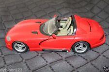 Bburago Tourenwagen- & Sportwagen-Modelle von Dodge im Maßstab 1:8