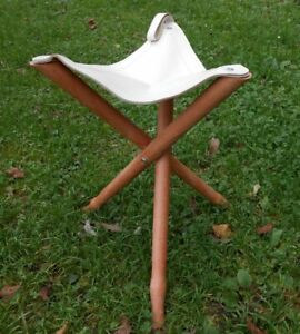 Wooden Tripod Fishing Hunting Camping Stool Leather Seat 50cm 19.4 inch