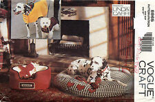 OOP VOGUE Dog Accessories Beds with Covers and Coats by Linda Carr Pattern 8865