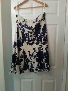 Country Casuals Navy Blue And Cream XL Petite Skirt