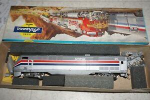 HO Scale Amtrak AMD103 (P42) Diesel Locomotive #25 by Athearn