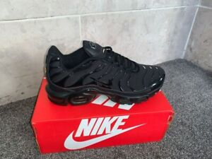 Nike Air Max Plus TN Triple Black Running Shoes Size 10 Mens NEW 604133-050