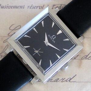 Mens MINT 1952 Omega 14K SOLID GOLD Black Dial Vintage 17j Swiss Made TANK Watch