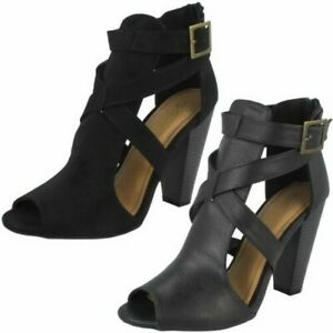 Ladies Spot On Cut Away Peep Toe 'Sandals'