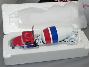 FIRST GEAR 1/34 SCALE MACK GRANITE STANDARD MIXER TRUCK MODEL 10-3995 Concrete