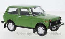 1/24 WhiteBox Lada Niva grün WB124037