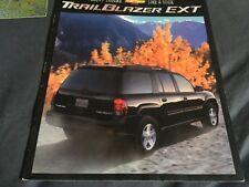 2000 Chevy Chevrolet Trail Blazer EXT SUV Launch Original Brochure Prospekt