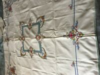 Beautiful Vintage Hand-Embroidered Tablecloth With Six Napkins