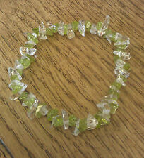 Peridot & clear quartz puce perles bracelet