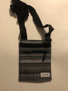 DaKine Crossbody Shoulder Purse Bag Jive Pattern Adjustable Strap Black White