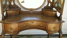 ANTIQUE VANITY DRESSING TABLE BEAUTIFUL GOLDEN QUARTER SAWN OAK ORNATELY CARVED
