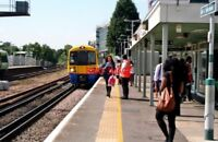 PHOTO  2010 CLASS 378 AT FOREST HILL RAILWAY STATION LOOKING SOUTH. A CLASS 378