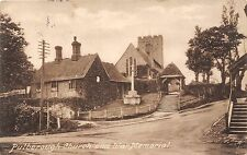 POSTCARD   SUSSEX    PULBOROUGH  Chuch  and  War  Memorial