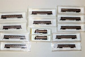Micro-Trains Z Scale Pennsylvania PRR F7 14002-2 AA Diesels and 11 Passenger car