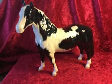 BESWICK HORSE PINTO PONY SECOND VERSION PIEBALD BLACK/WHITE GLOSS NO1373 PERFECT