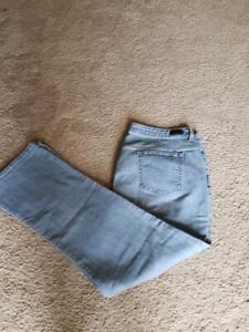 Plus Size~16-- Light Blue Jeans--Rider--Stretch-Boot-cut