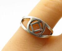 925 Sterling Silver - Vintage Open Design Split Shank Band Ring Sz 8.5 - R13787